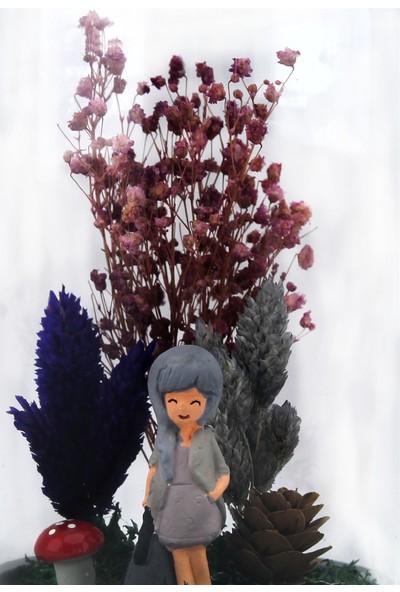 Burdan Eve Kuru Çiçekli Gri Elbise ve Çantalı Kadın Temalı Teraryum 10X18 cm Burdaneve