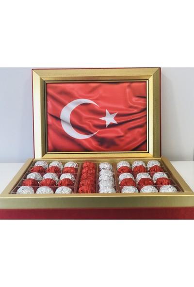 Vefa Türk Bayrağı Çerçeveli Spesiyal Çikolata Kutusu