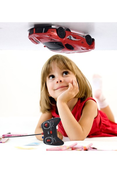 Duvarda, Tavanda ve Camda Giden U/k Işıklı Ferrari Akrobat Araba- Stunt Car
