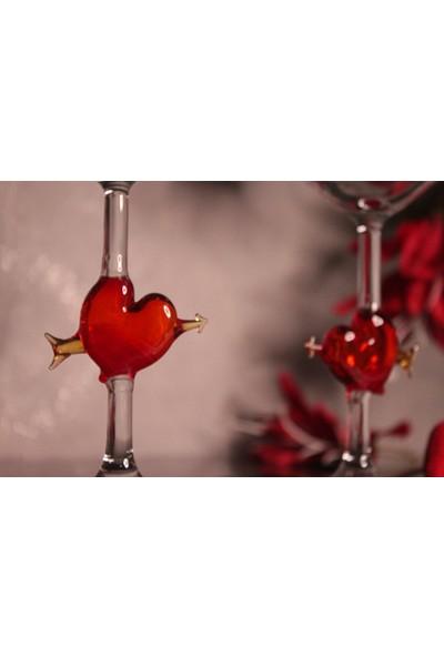 Adamodart Kalp ve Ok Tasarım Şarap Kadehi