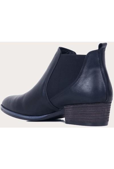 Bueno Shoes Deri Siyah Kadın Topuklu Bot