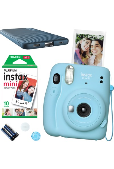 Fujifilm Instax Mini 11 Mavi Fotoğraf Makinesi 10'lu Film ve Mavi Powerbank
