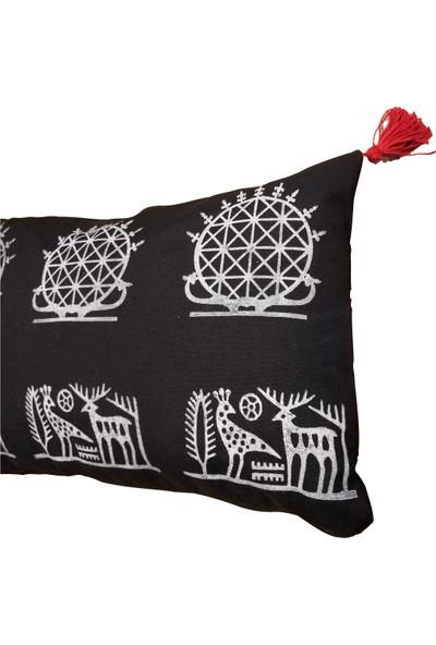 Heybelioda Siyah Keten Hitit Desen El Boyama Özel Tasarım Dekoratif Yastık Kırlent Kılıfı