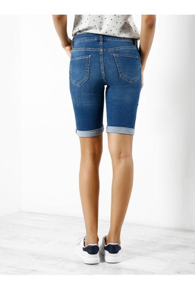 Colins Düşük Bel Uzun Slim Fit Mavi Kadın Jean Şort