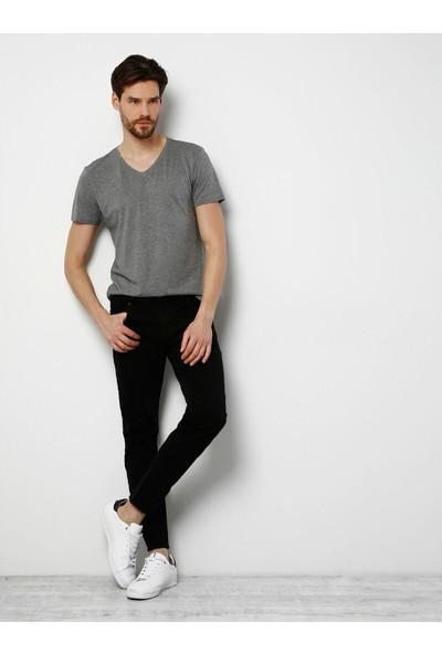 Colins Slim Fit V Yaka Erkek Gri Melanj Kısa Kol Tişört