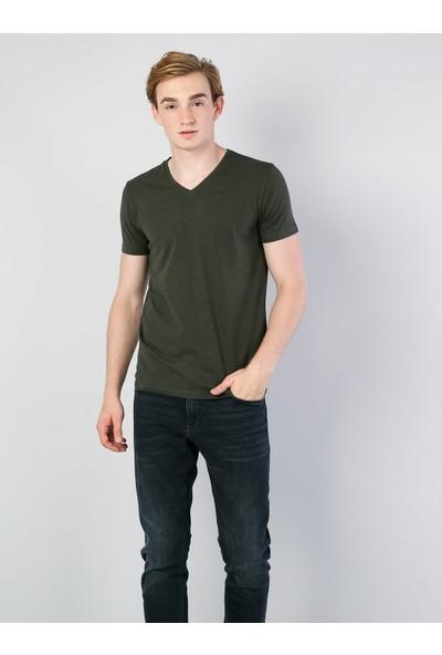 Colins Haki V Yaka Kısa Kol Tişört