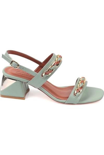 Capone 605 Kadın Zincirli Sandalet