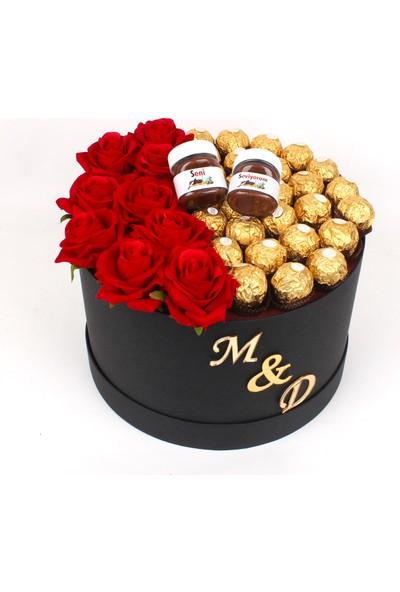 Çok Çok Hediye Yuvarlak Siyah Kutuda , Ithal Gül, Ferrero Rocher Çikolata ve Isme Özel Nutella