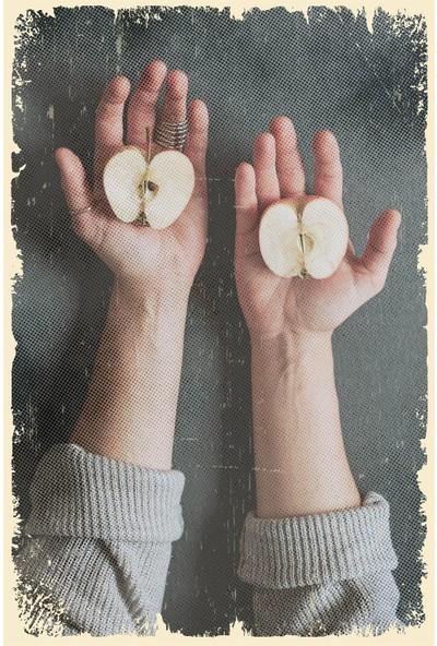 Hayal Poster Bir Elmanın Yarısı Ahşap Poster