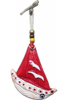 Uzman Martı Figürlü Kırmızı Renk Mini Yelkenli Gemi Duvar Süsü