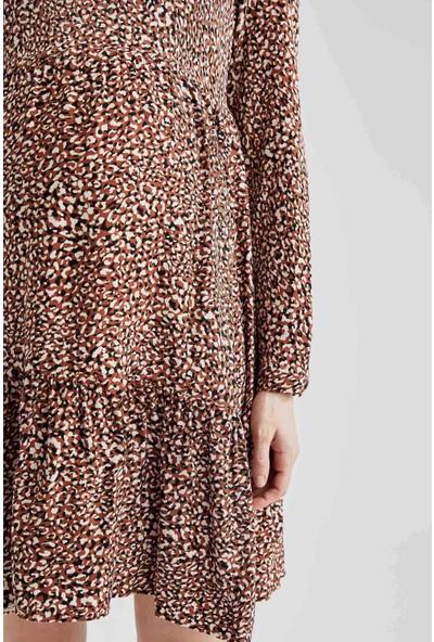 DeFacto V Yaka Volan Detaylı Hamile Elbisesi
