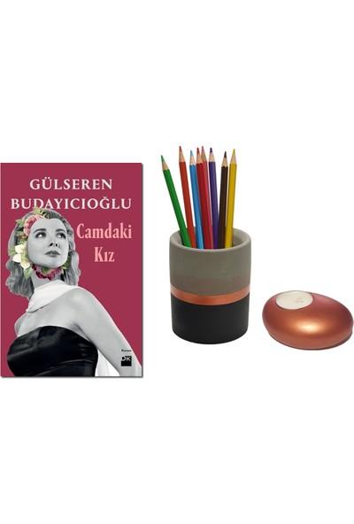 Camdaki Kız / Gülseren Budayıcıoğlu + Betonsu Tasarım Beton Silindir Kalemlik + Taş Model Beton Tealight Mumluk (Bakır Renk)