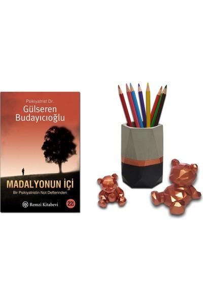 Madalyonun Içi / Gülseren Budayıcıoğlu + Betonsu Tasarım Geometrik Beton Kalemlik + 2li Beton Ayıcık Seti (Bakır Renk)