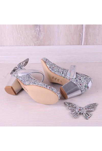 Kidya Cam Kırığı Taş İşlemeli Kelebek Figürlü Topuklu Kız Çocuk Ayakkabı Gümüş