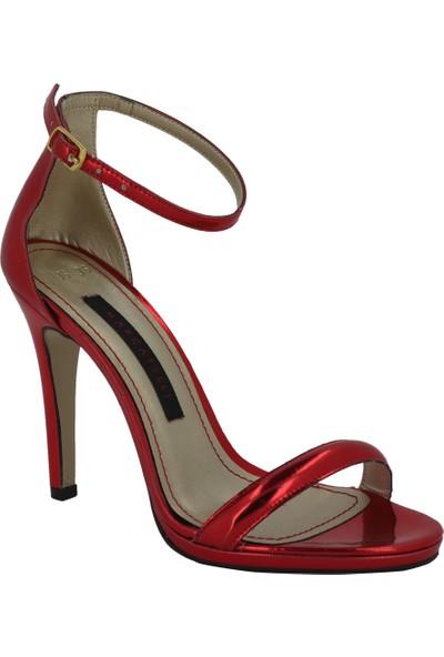 Marcamiss Kırmızı Rugan Deri Topuklu Yazlık Kadın Ayakkabı 106