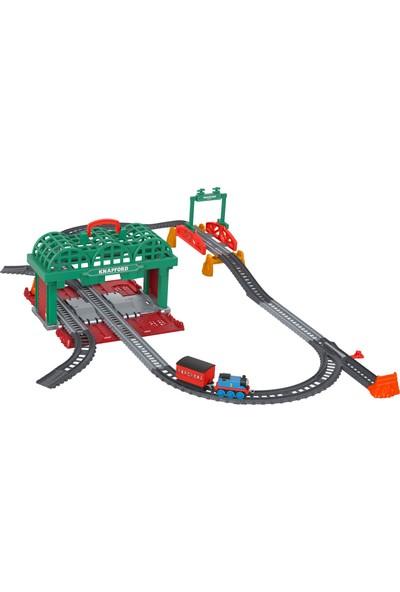Thomas Ve Arkadaşları Knapford İstasyonu (Sür-Bırak Trenli) 3 Yaş Ve Üzeri Çocuklar İçin 2'Si 1 Arada Oyun Seti Ve Saklama Kutusu Ghk74