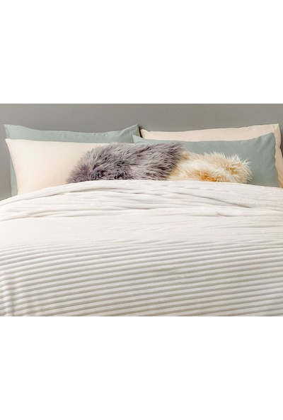 Unicolor Çok Amaçlı Süper Soft Çift Kişilik Battaniye&Yatak Örtüsü Beyaz