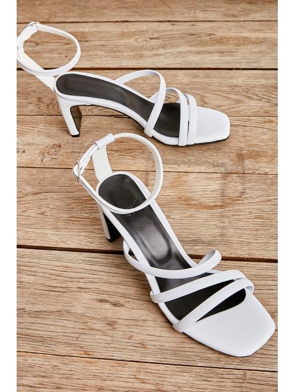 Bambi Siyah Kadın Açık Ayakkabı