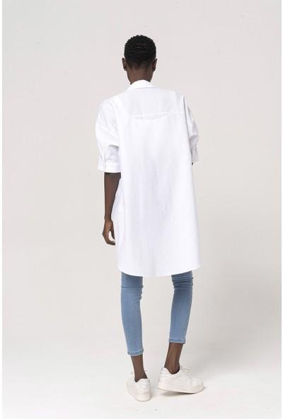 Coral Geniş Beden Düğmeli Elbise Beyaz