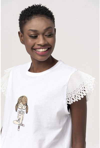 Coral Kız Baskılı T-Shirt Beyaz