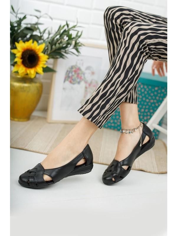 Diego Carlotti Hakiki Deri Kadın Günlük Kapalı Sandalet Babet
