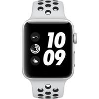 Apple Watch Nike+ (2017) 42mm Gümüş Rengi Alüminyum Kasa Ve Saf Platin/Siyah Nike Spor Kordon - MQL32TU/A