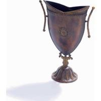 Kupa Figürlü Vazo
