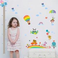 Zooyoo Animal Zoo Boy Cetvel Boy Ölçer Grafik Görsel Uçan Renkli Sıcak Balonlar Duvar Sticker 133X75 Cm
