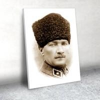 Plustablo Kalpaklı Atatürk Portresi Kanvas Tablo 30x45 cm.