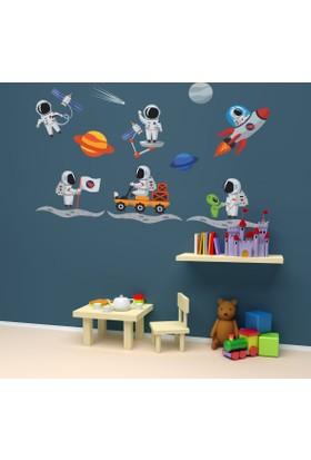 DekorLoft Astronot Çocuk Odası Sticker CS-523