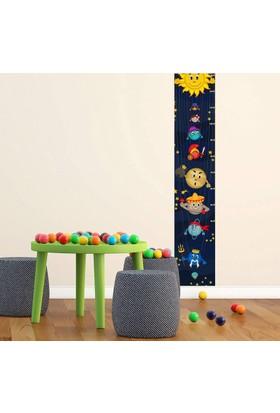 DekorLoft Güneş Sistemi Boy Ölçer Sticker DBC26