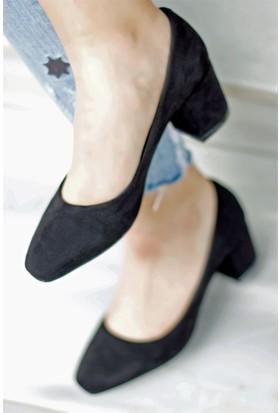 İnce Topuk Kısa Topuklu Ayakkabı Siyah