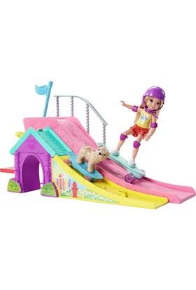 Barbie Chelsea'Nin Kaykay Pisti