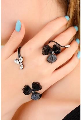 Moco Siyah Metal Çiçek Figürlü Bayan El Bileziği 522474