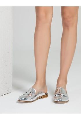 Mecrea Vera Gümüş Ayna Loafer Terlik
