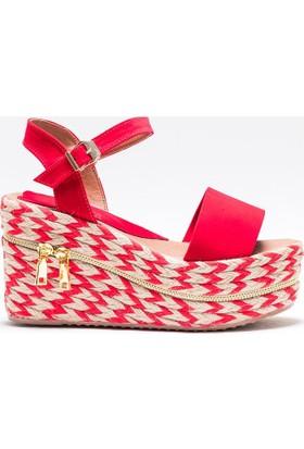 Mecrea Honor Kırmızı Süet Dolgu Topuklu Sandalet