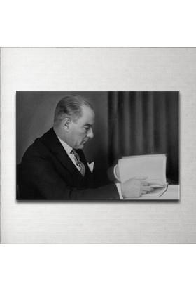 Plustablo Siyah Beyaz Atatürk Kanvas Tablo 20x30 cm.