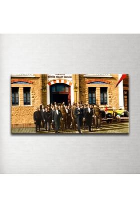Plustablo Renklendirilmiş Atatürk ve Meclis Panoramik Kanvas Tablo 30x60 cm.