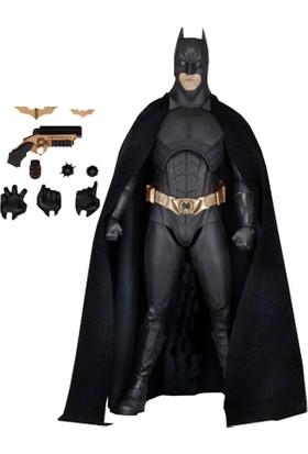 Neca Batman Begins: Batman Christian Bale 1/4 Scale Figure