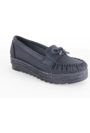 Demir 62 Bayan Zımbalı Fiyonklu Babet Ayakkabı Siyah