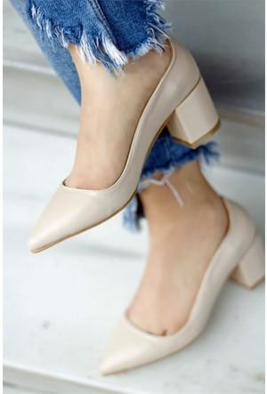 İnce Topuk Kalın Topuklu Ayakkabı Bej