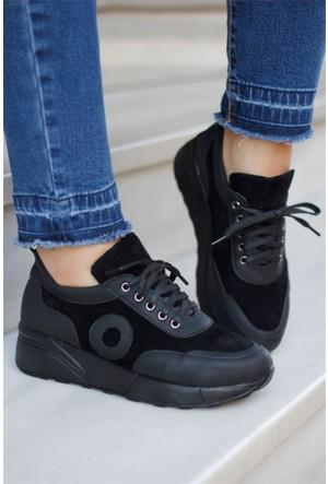 İnce Topuk Bağcıklı Spor Ayakkabı Siyah