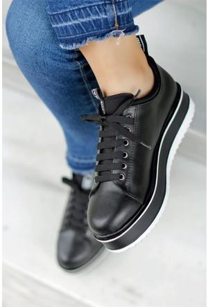 İnce Topuk Kalın Taban Bağcıklı Spor Ayakkabı Siyah