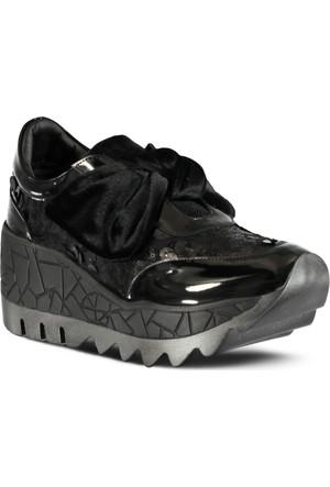 Marjin Piyeto Dolgu Topuk Spor Ayakkabı Siyah Rugan