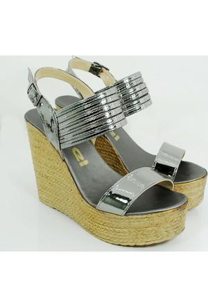 Ezel Dolgu Topuk Kadın Rugan Ayakkabı-Bakır-113300-03