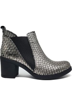 Shop And Shoes 001-0219030 Kadın Bot Gümüş Yılan