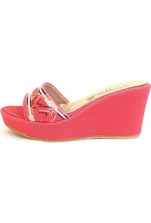 Shop And Shoes 155-3000-1 Kadın Terlik Mercan Nakışlı