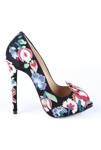 Veyis Usta Kadın Çiçek Nakışlı Ayakkabı 4143A03