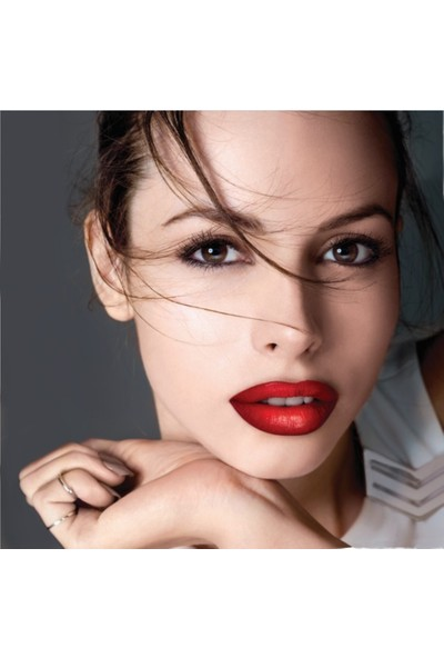 Maybelline New York Color Drama Lip Contour Palette 01 Crimson Vixen