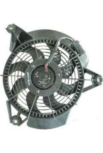 Cey HYUNDAI STAREX Sağ Fan Motoru 1998 - 2008 [İTHAL]